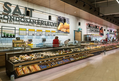 Danaos® Total Transparency™ counters at INTERSPAR Pesterzsébet